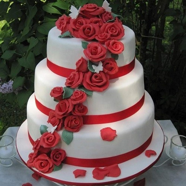 3-Tier-Red-Roses-Wedding-Cake- | Bulb And Key