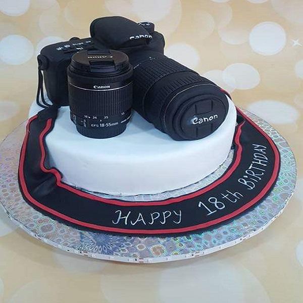 camera cake by soniya | Bulb and Key