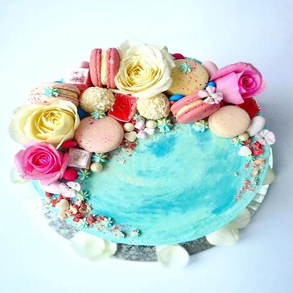 mixed cake
