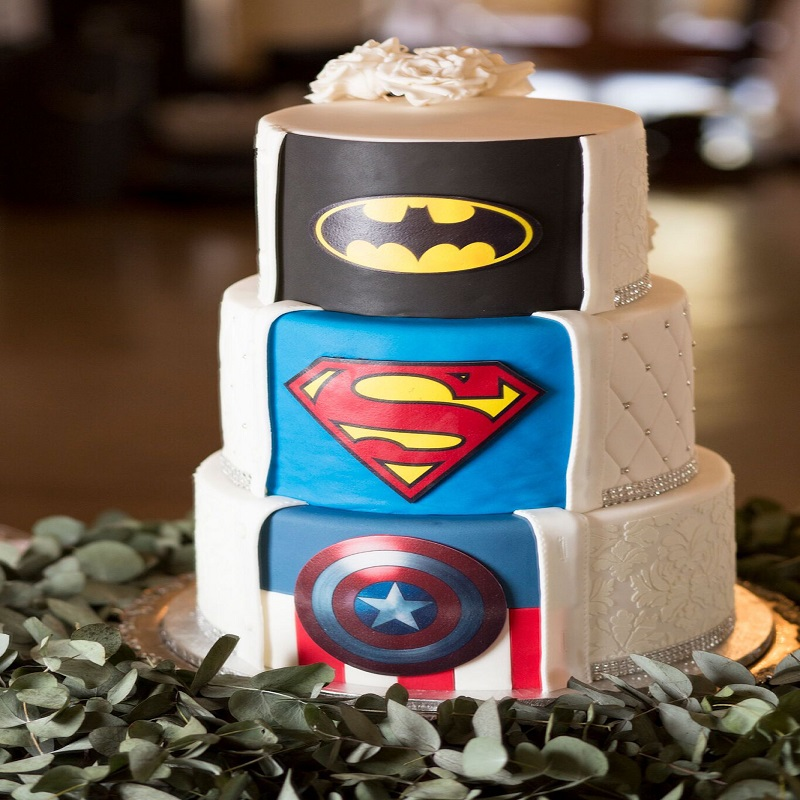 Top 10 Superhero Cakes with Best Designs You Can Buy