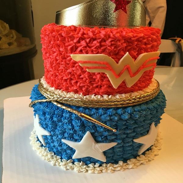 wonder-woman-theme-cake