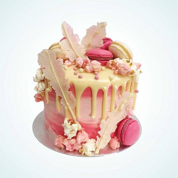 Novelty Cakes | Bulb And Key