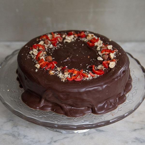chilli and chocolate cake