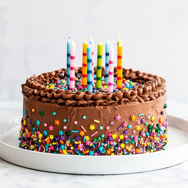 sprinkles on cake