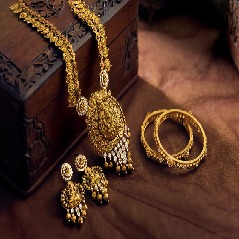 Know About the Latest Jewellery Trends In 2020 To Keep Your Style Statement Trendy