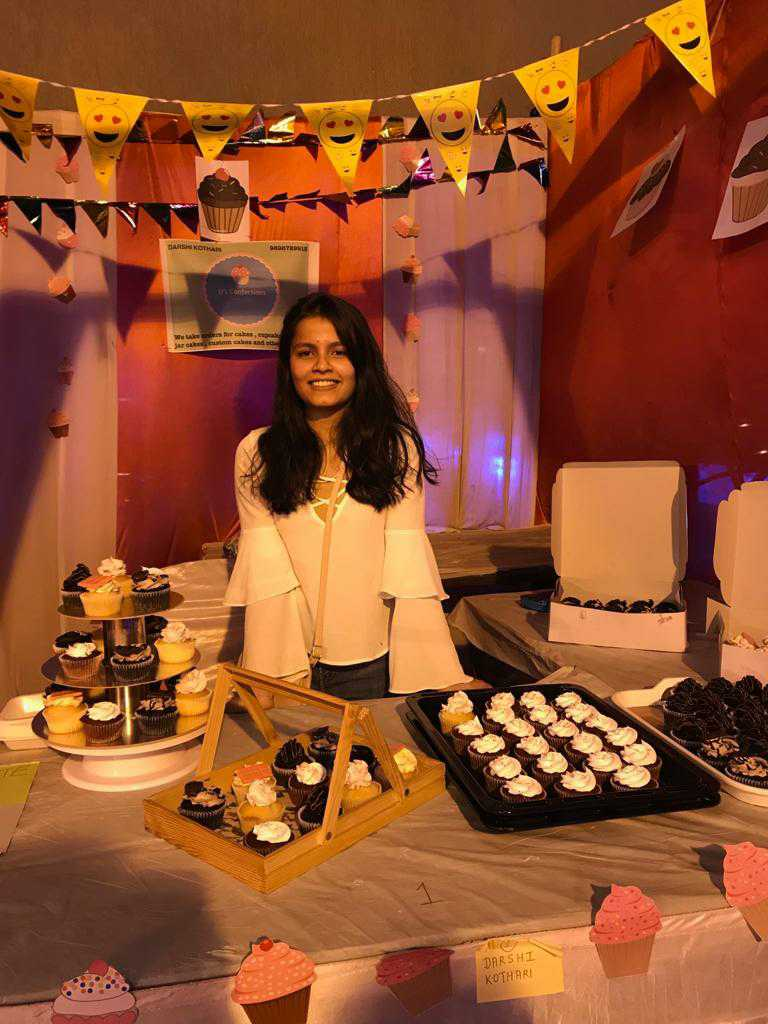 Meet Home Baker Darshi Kothari Who Inspires Many To Follow Their Hobby And Make A Career Out Of It