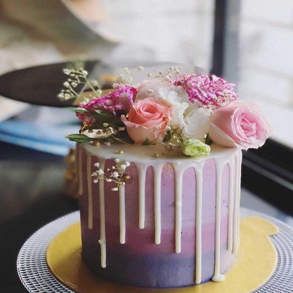 Radhika cake 2 | Bulb And Key
