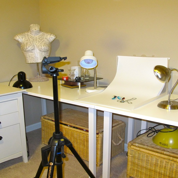 tripod using for jewelry photography