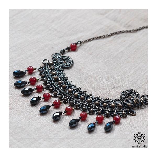 Handmade neckpiece by Avni Studio