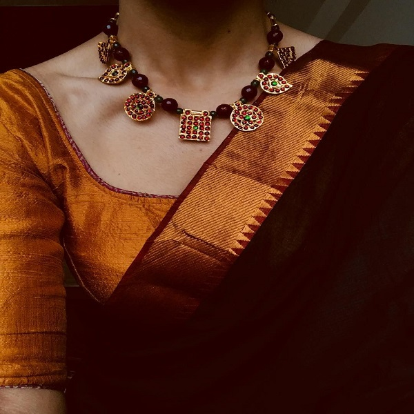 artificial jewellery for neckline