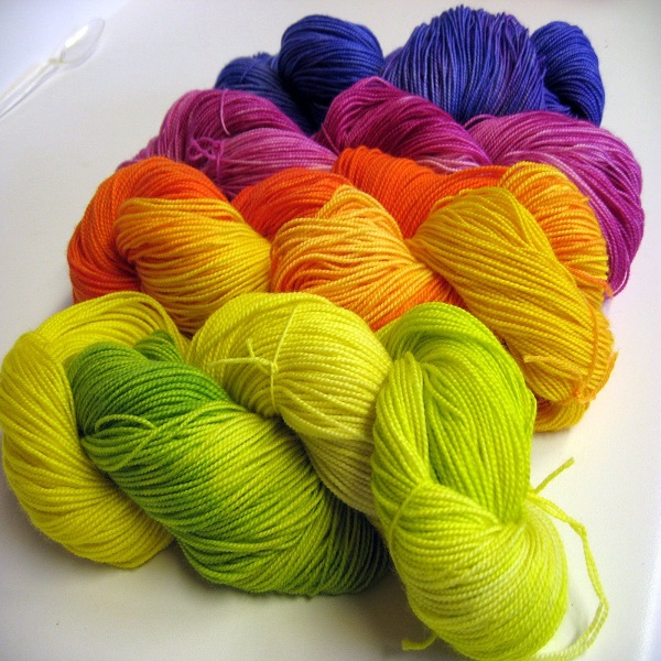 What is Yarn Dyeing | bulb and key
