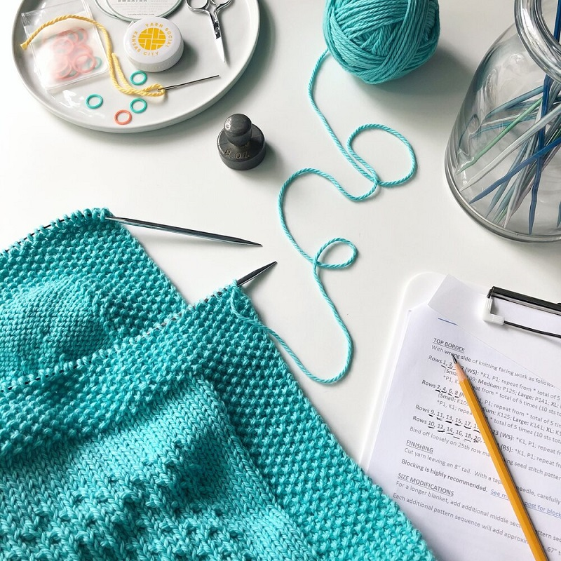 How To Knit With Circular Needles?