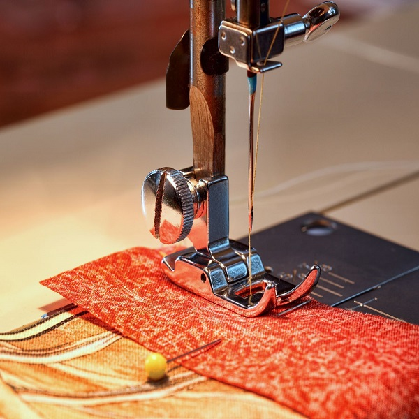 Change the needle of embroidery machines