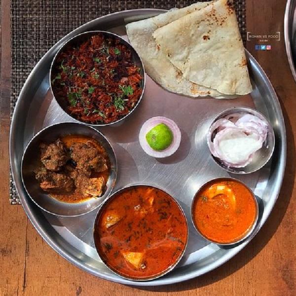 Marathi Chicken -