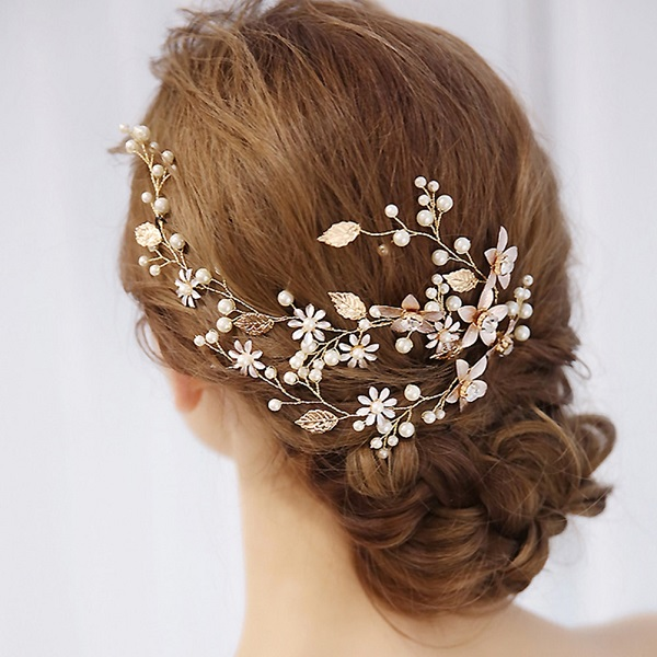 7) Head and hair accessories